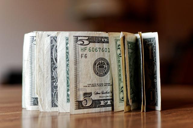 Jak poradzić sobie z zadłużeniem na karcie kredytowej?