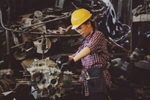 Odzież robocza – dlaczego jest ważna i jak ją dobrać?