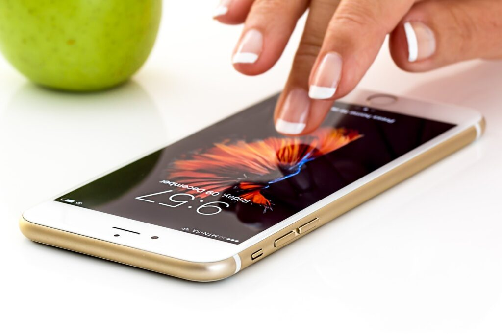 Kiedy najlepiej kupić telefon i zaoszczędzić najwięcej?